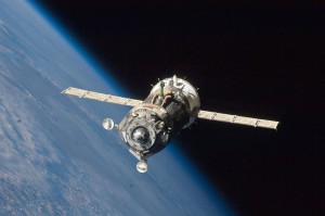 1024px-Soyuz_TMA-19_spacecraft_departs_the_ISS-960x637